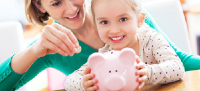 kinderzulage-steuererstattungen-sparschwein